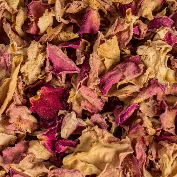 dried pink red roses cooking