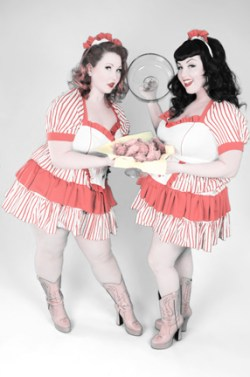 Katherine Lashe and Ursula Undress for Southern Fried Burlesque Festival.  Photo & MUA/H: Kellyn Willey of Pin-Up Girl Cosmetics