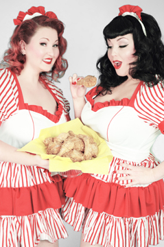Katherine Lashe and Ursula Undress for Southern Fried Burlesque Festival.  Photo, MUA/H, Styling: Pin-Up Girl Cosmetics