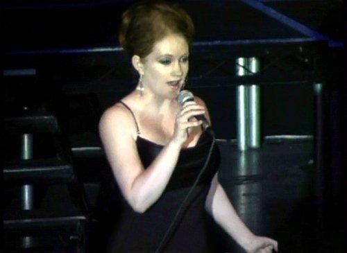 Hollli Mae singing
