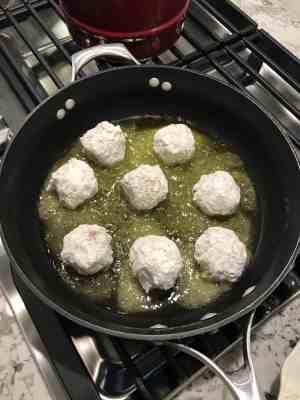 mozzarella stuffed chicken meatballs