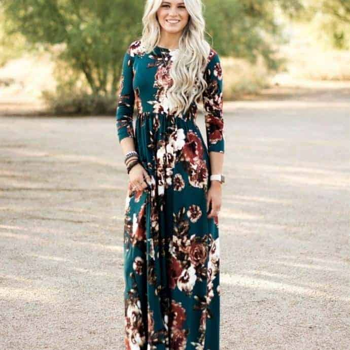 3 brunettes boutqiue flattering floral maxi dress