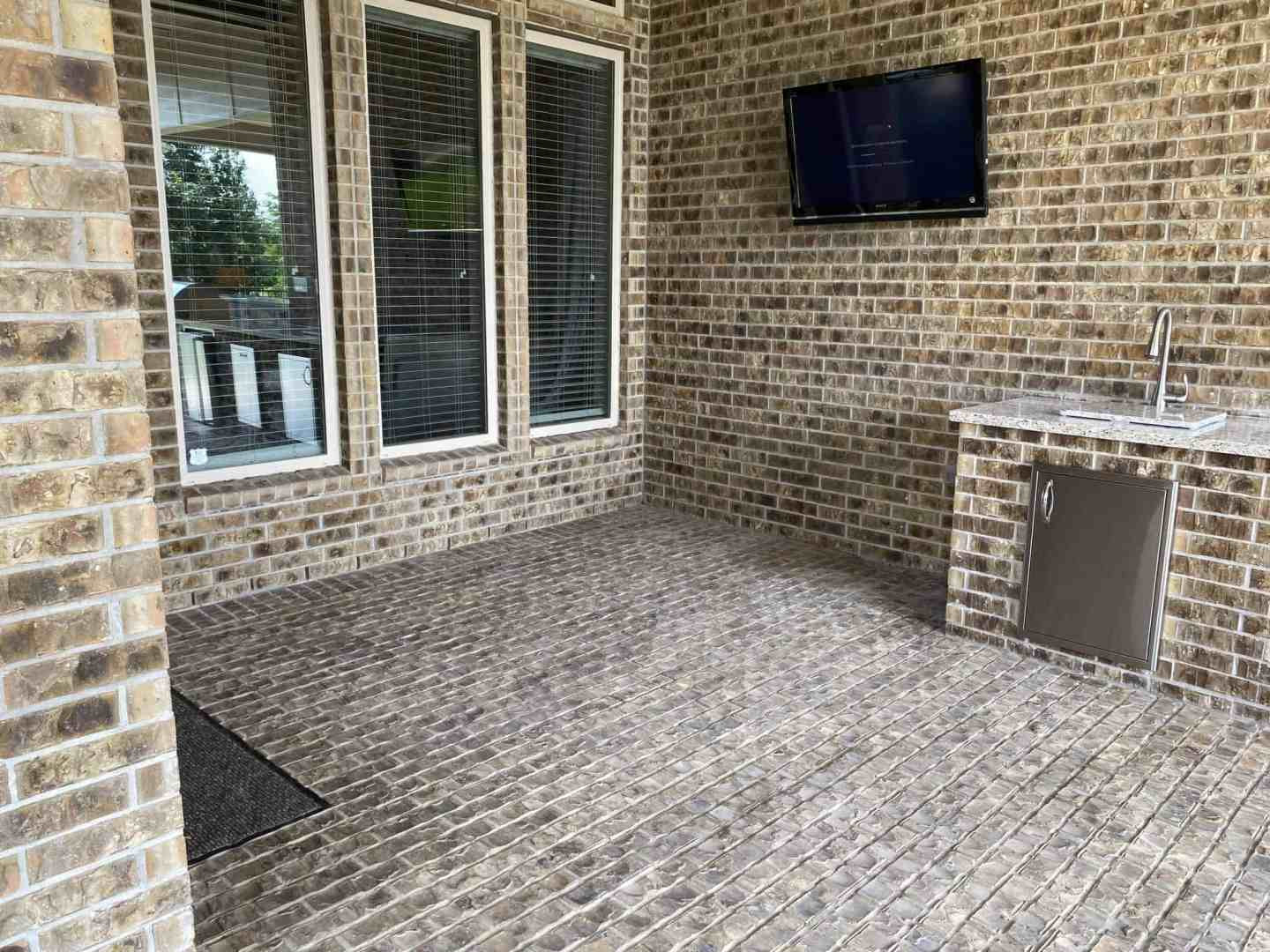 Back-Patio-Extension-Matts-Custom-Decks-seating-area