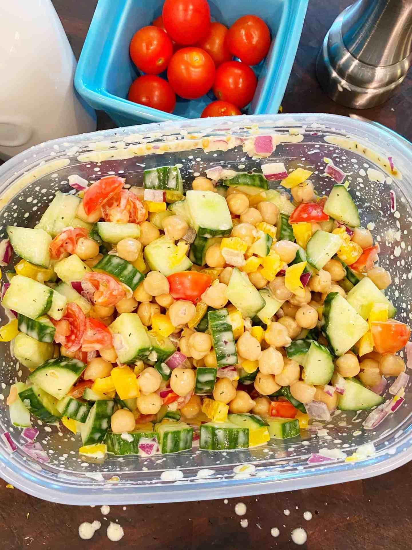Mediterranean-Chickpea-Salad-make-ahead