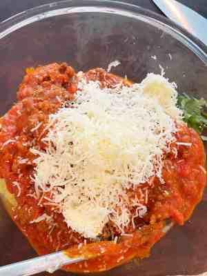 Spaghetti-Squash-Beef-Parmesan-mozzarella