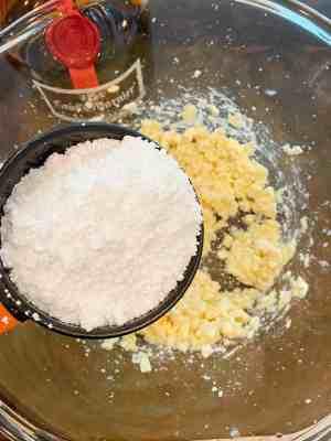 add-powdered-sugar