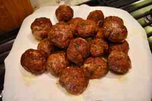 browned-meatballs