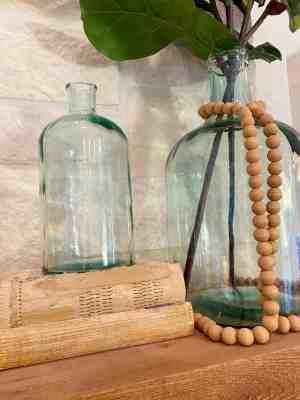 fireplace-mantle-decor-vase