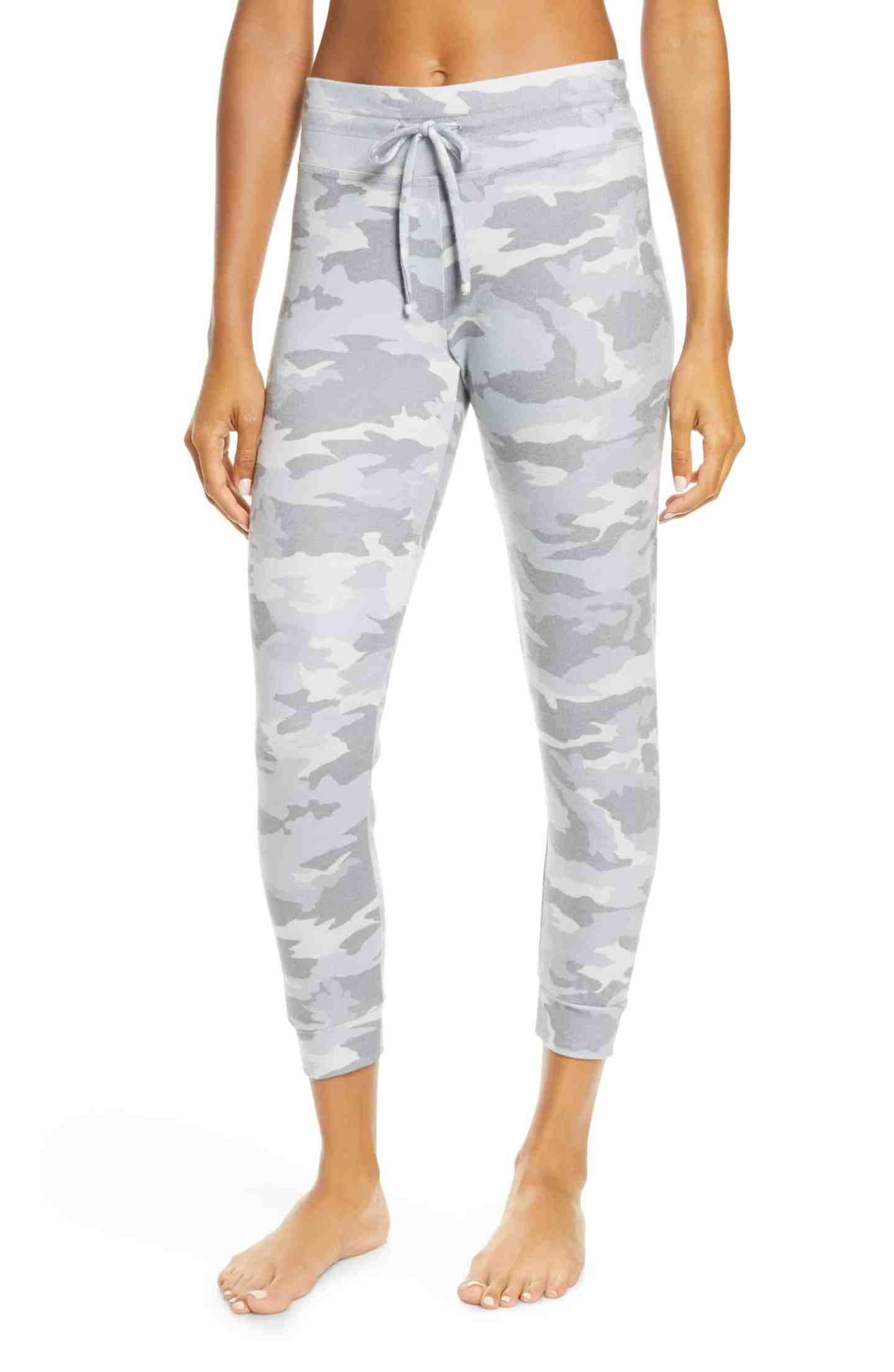 Beyond-Yoga-Camo-Print-Jogger-Pants