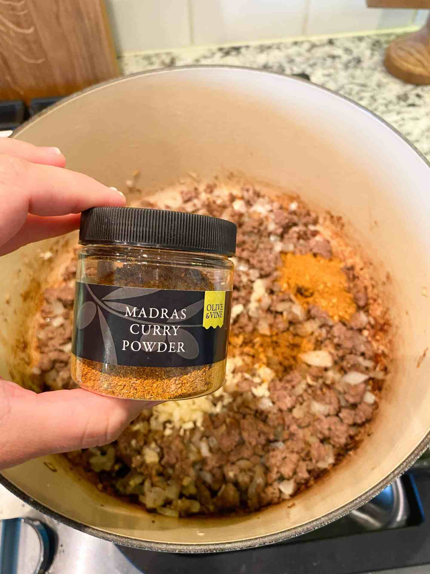 madras-curry-powder-olive-and-vine