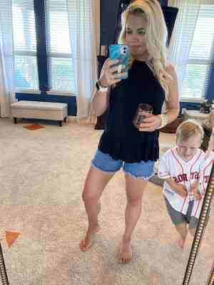 selifies-with-kids