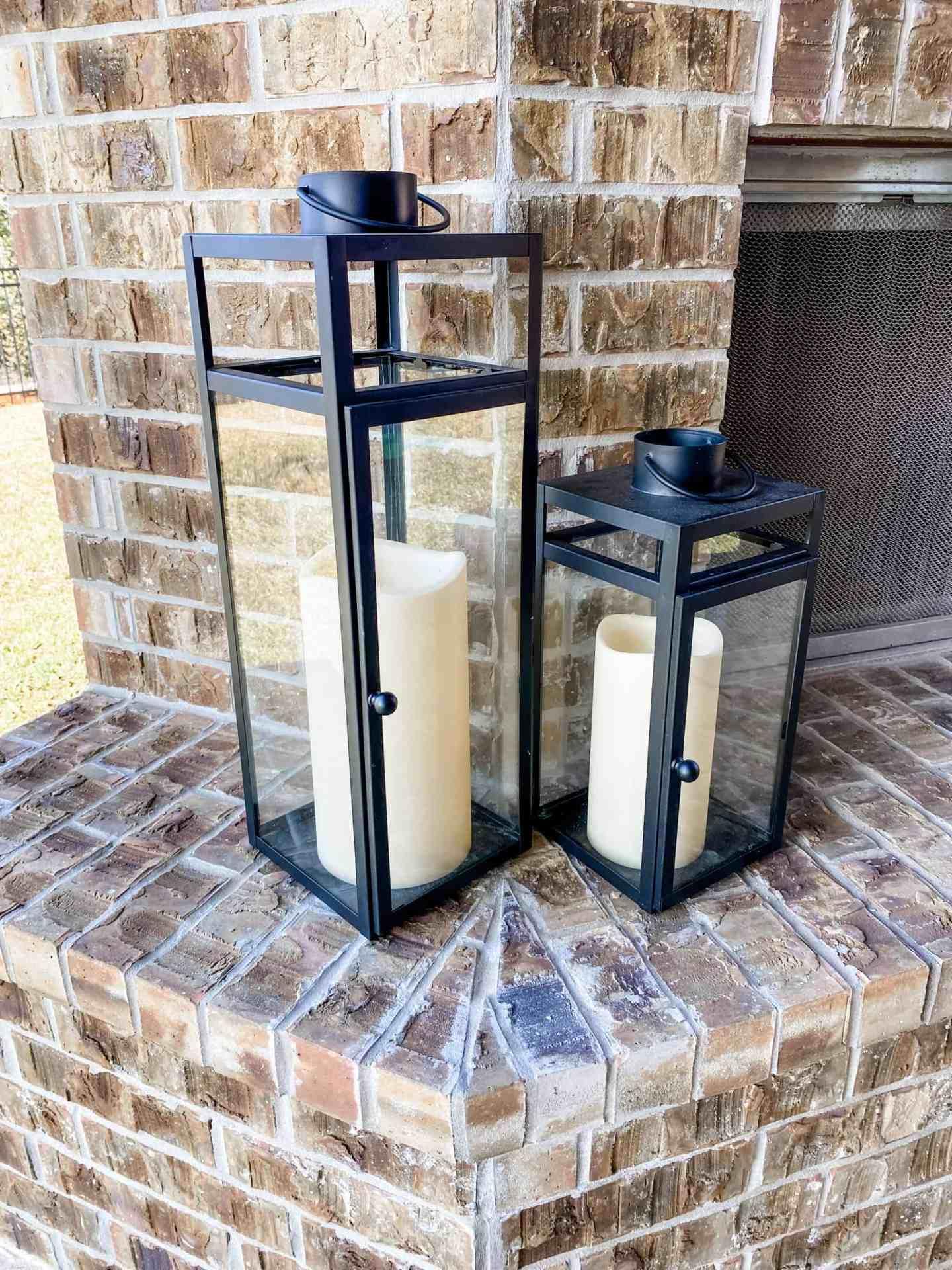 outdoor-black-lanterns-with-outdoor-pillar-candles