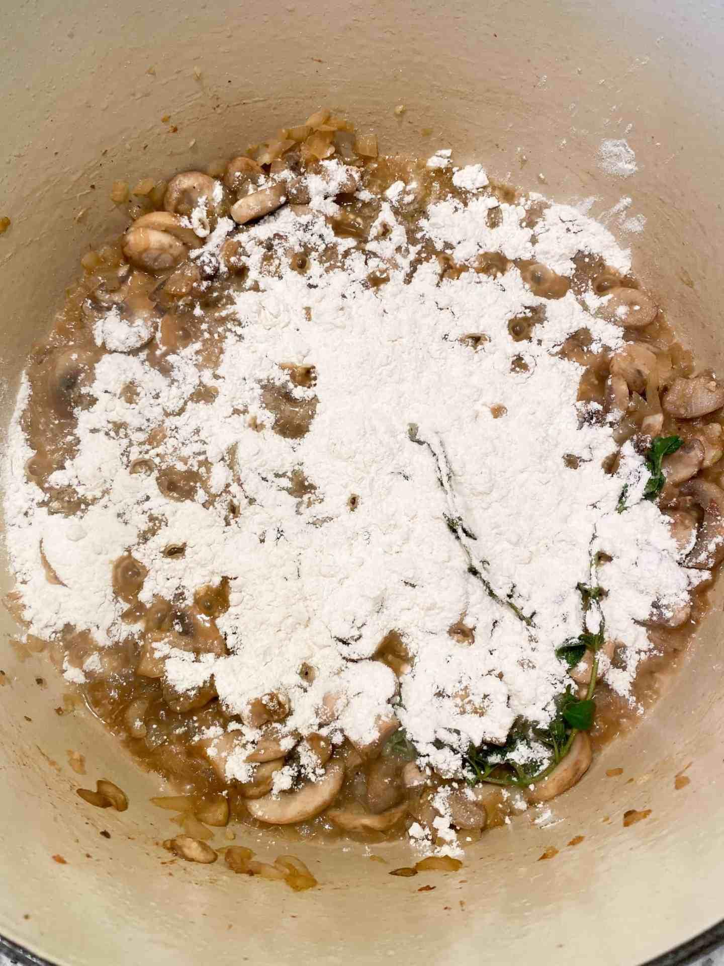 sprinkle-flour-over-vegetables
