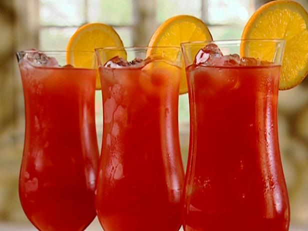 Hurricane Drink - Traditional Mardi Gras Food Ideas and Recipes curated by Pineapple Paper Co.