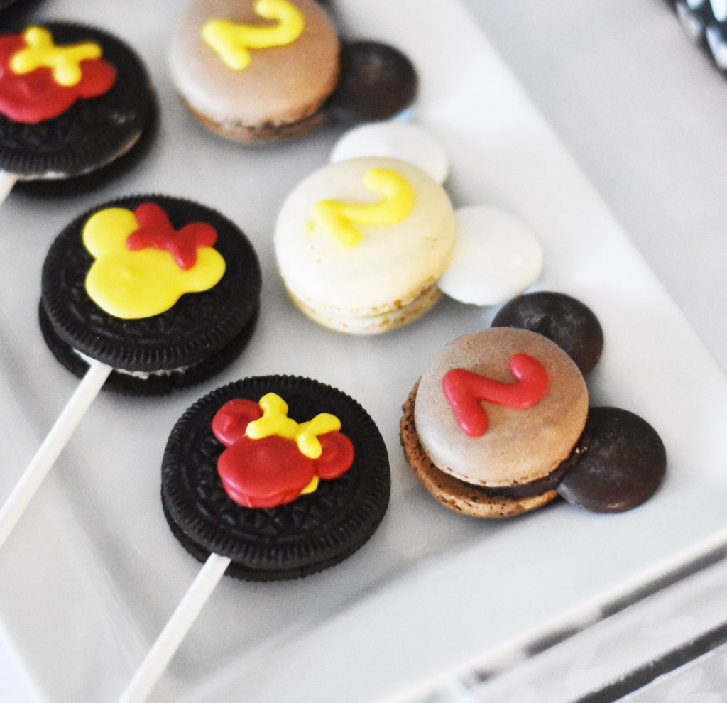 How to Make Minnie Mouse Birthday Party Supplies with Cricut