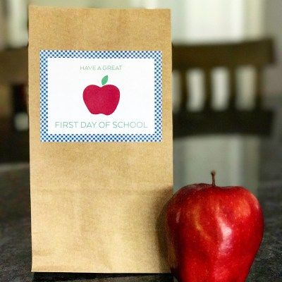 Back to School Lunch Bag Sticker (FREE Printable!)
