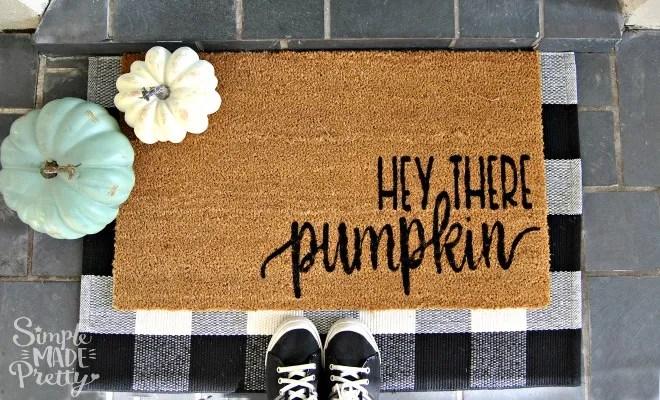DIY Front Porch Doormat - Hey There Pumpkin