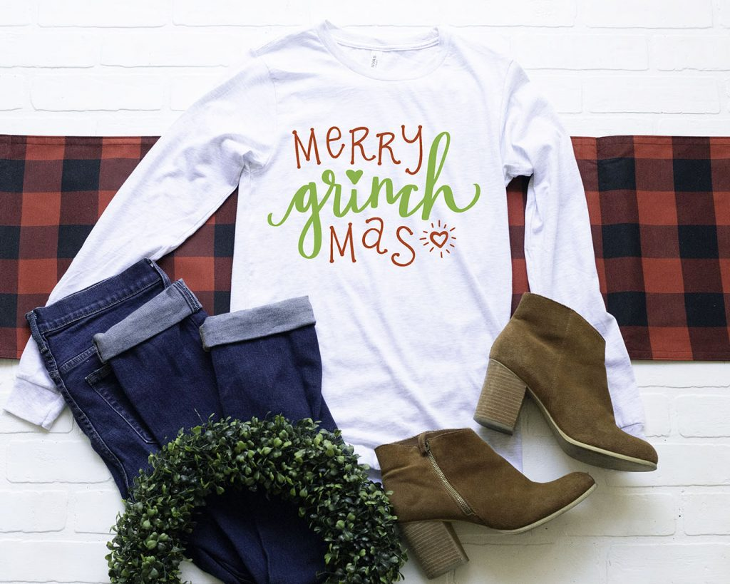 Download a FREE Christmas Grinch SVG and tutorial for DIY Grinch Shirt with your Cricut by Pineapple Paper Co.