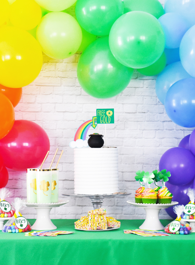 Make your Own EASY DIY St. Patrick's Day Party Ideas by Pineapple Paper Co.