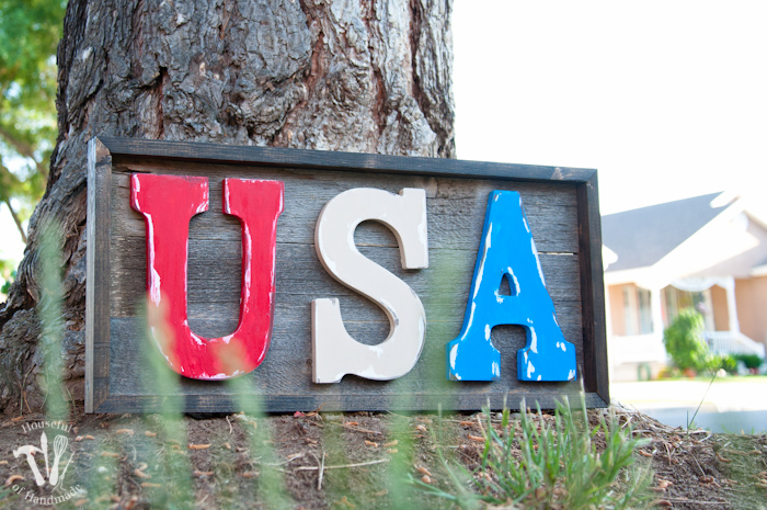 Easy DIY Rustic USA Wood Sign