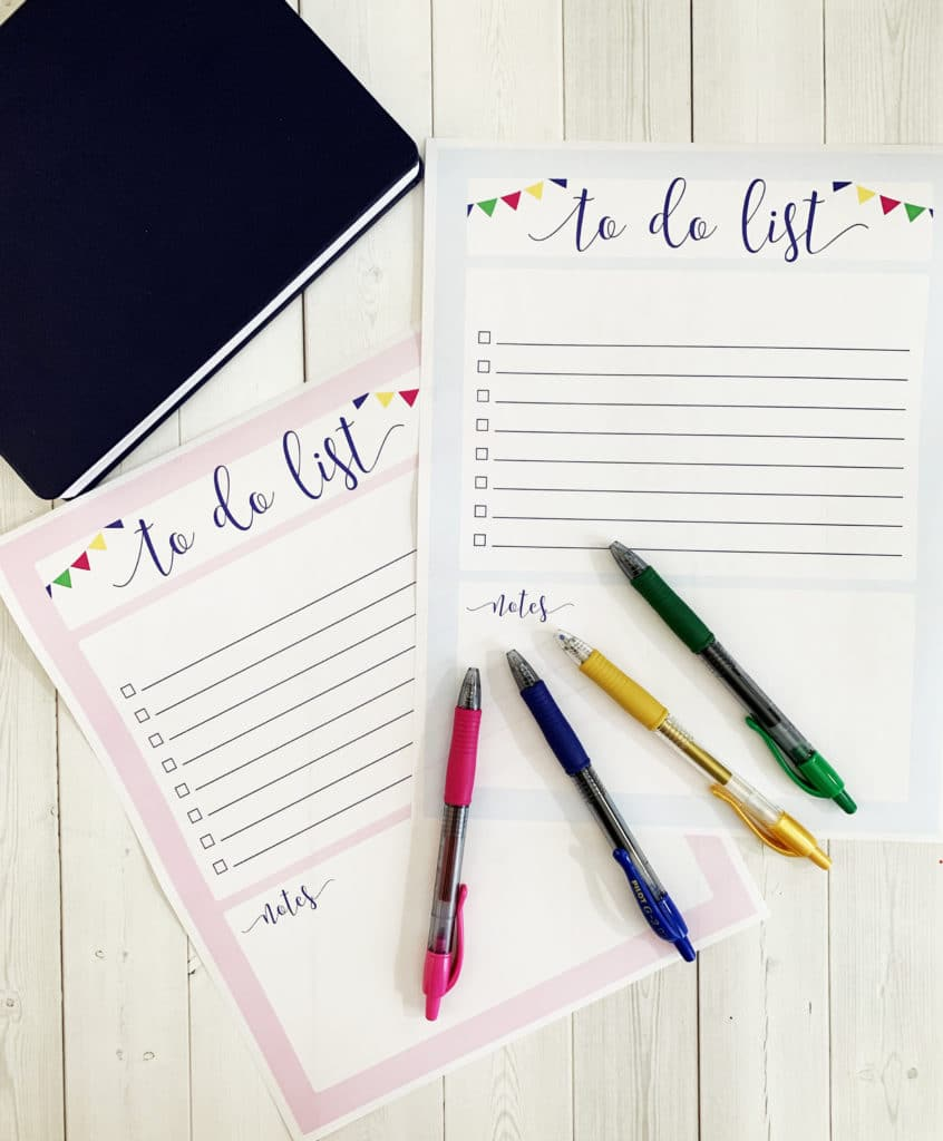 Free Printable To Do List by Pineapple Paper Co. using hand lettering tips with G2 and erasable FriXion pens by Pilot Pen at Michaels