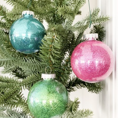 How to Make Easy Glitter Ornaments