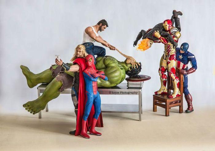 Игрушечные супергерои