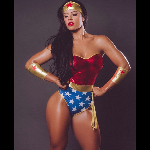 sue lasmar Wonder Woman 928710397