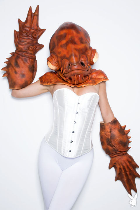 c_limit,h_720,q_80,w_900-http---images-origin.playboy.com-ogz4nxetbde6-QwCj63flAYseCiYgoWQck-4d2d2ff8326c74e299f35326b496c84f-26_Sara-Jean-Underwood-Star-Wars