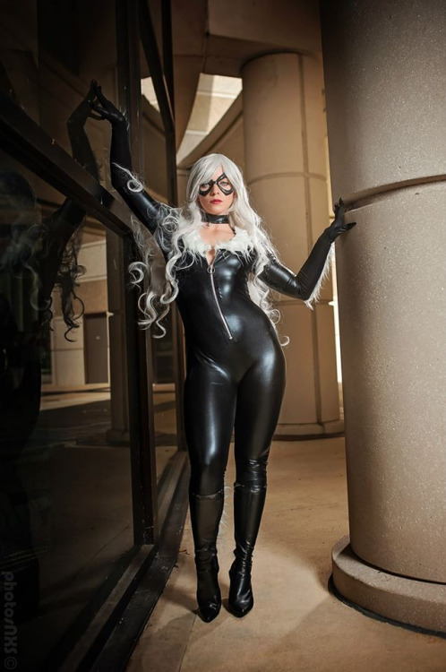 Black Cat Cosplay (1)