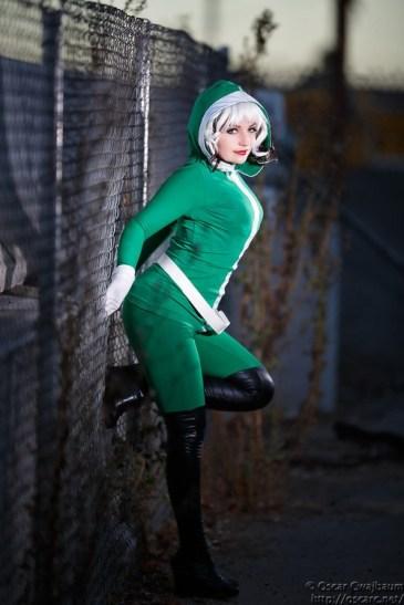 rogue cosplay (malicia xmen) (11)
