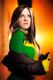 rogue cosplay (malicia xmen) (6)