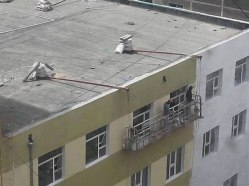 workplace-safety-fails-men-accident-waiting-to-happen-44-58d24b7006102__605-7