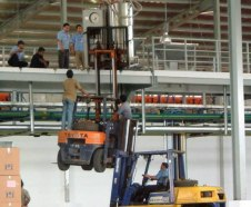workplace-safety-fails-men-accident-waiting-to-happen-9-58cfea744e243__605-7