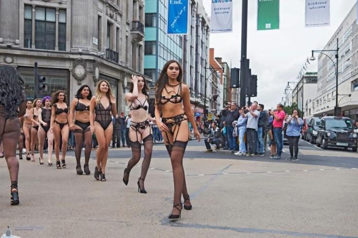 FlashMob pour la Fashion Week de Londres