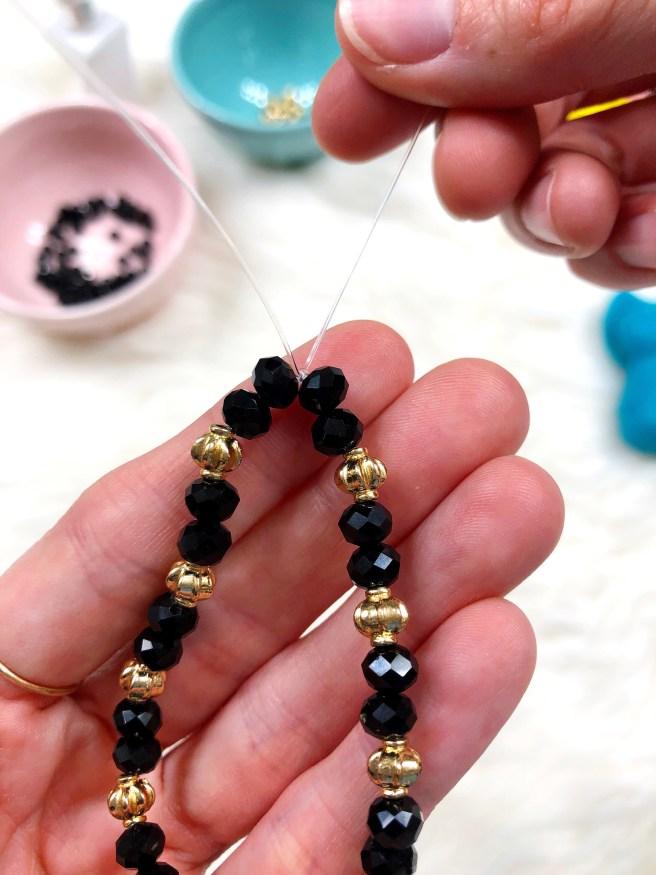 Easy DIY: Beaded Bracelets - Pink Bows & Twinkle Toes