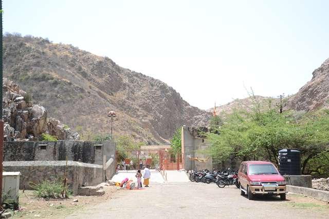 Galta-Mandir_Main-Gate
