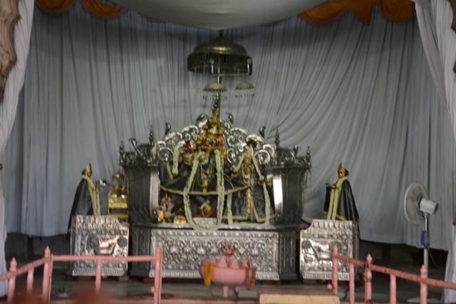 Govind-Dev-24