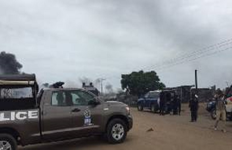 Pink-96.9-fm-in-Kasoa-in-Central-Region-in-Ghana-Radio-Station-pinkfmonlinegh.com - Palace burnt