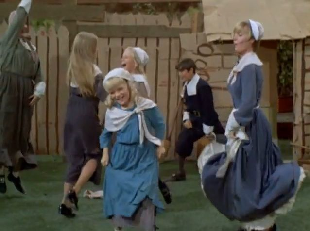 Brady_Bunch_Thanksgiving_Dancing_1970