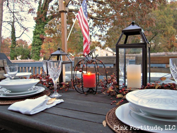 Rustic Outdoor Thanksgiving Table by coconutheadsurvivalguide.com