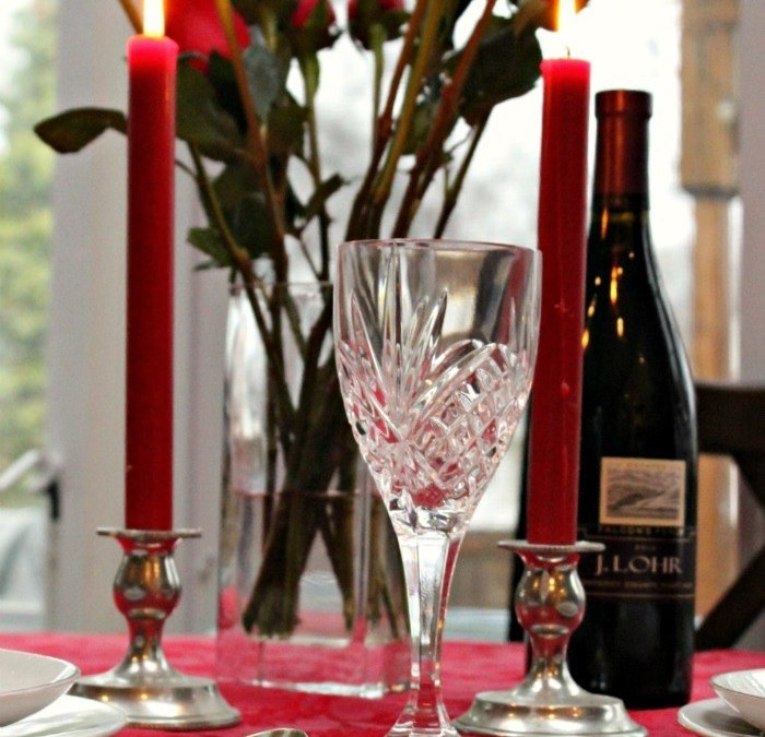 A Romantic Valentines Tablescape – Party of Two