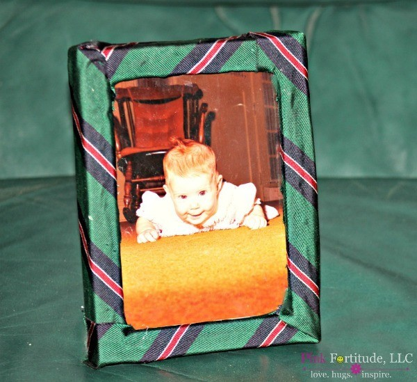 DIY Necktie Picture Frame Father's Day Present by coconutheadsurvivalguide.com