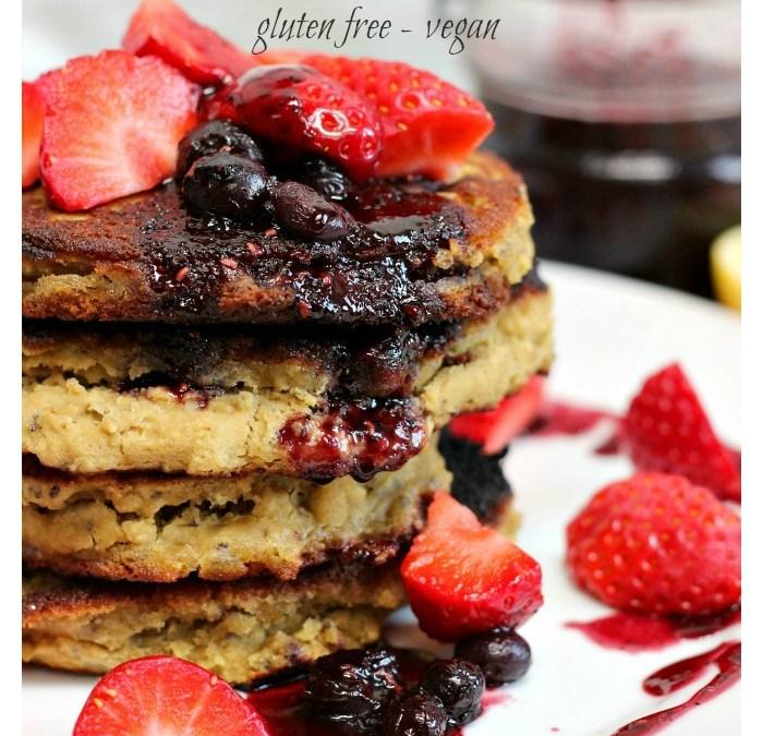 Lemon Matcha Pancakes with Acai Berry Compote – GF/V
