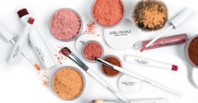 W3LL PEOPLE All-Natural Makeup