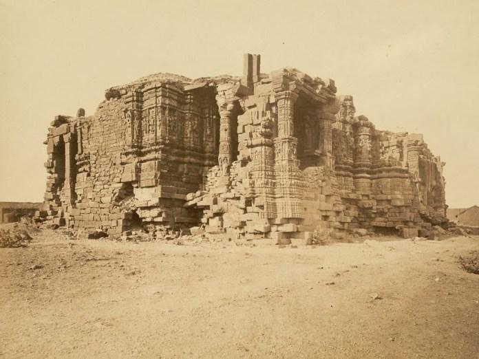 Ruins_somnath_temple1869
