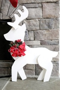 50 Christmas Reindeer Decorations to Make - Pink Lover