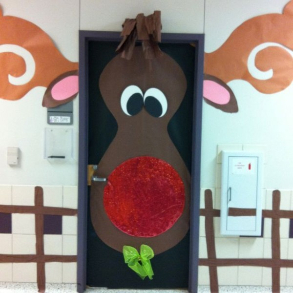 Gingerbread Entry Way Via Stephanie Lawler Uploaded To Pinterest Direct From Her Clroom She Needs A Blog