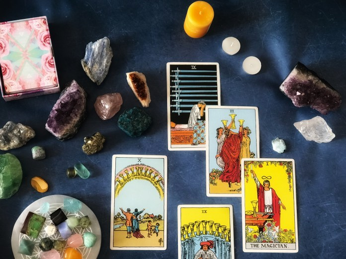 Tarot Card Reading I PinkLungi