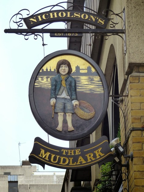 The Mudlark Pub Under the London Bridge